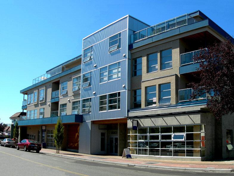 Sidney Condominium